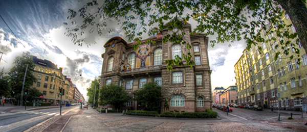 Natural History Museum (Pohjoinen Rautatiekatu 13) is situated in Helsinki city centre. (Photo: Pinja Näkki)